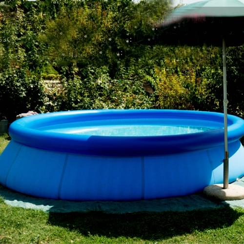 充气地面池